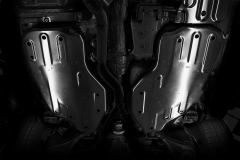 Underbody protection for fuel tank for Jeep Grand Cherokee