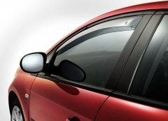 Front anti-turbulence deflectors for windows for Fiat Bravo