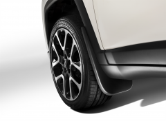 Shaped front mud flaps