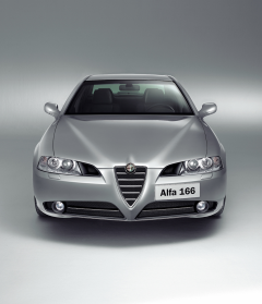 Central grill on front bumper for Alfa Romeo 166